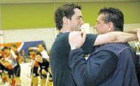 Bülacher Glückseligkeit: Trainer Remo Manser (links) und Teamchef Jürg Hosig haben die Aufstiegsplayoffs erreicht. (Daniel Zannantonio/pressebild.ch/Zürcher Unterländer)