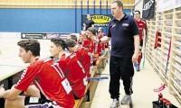 Starke Leistung gegen den Qualifikationssieger: Bülachs Trainer Raphael Röthlin kann mit dem Auftritt seines Teams in Uznach trotz Niederlage zufrieden sein.
